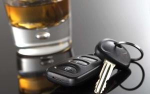 Можно ли пить в машине во дворе?